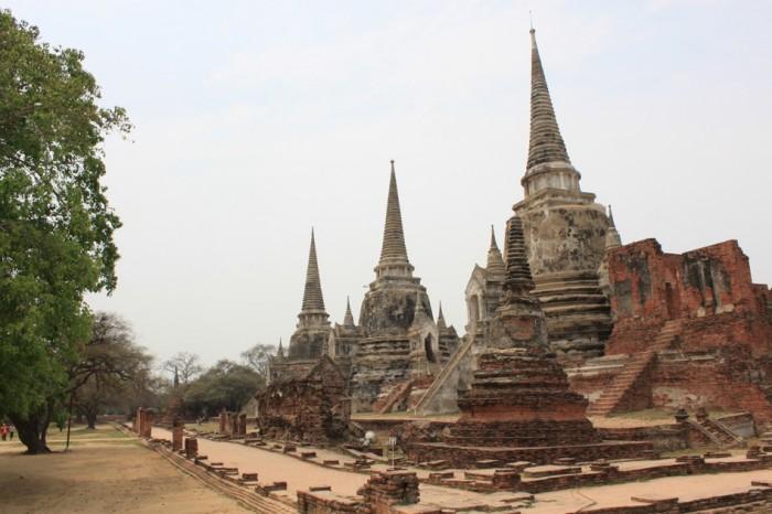 ワット・プラシーサンペット。美しい姿を保つ3基の仏塔。